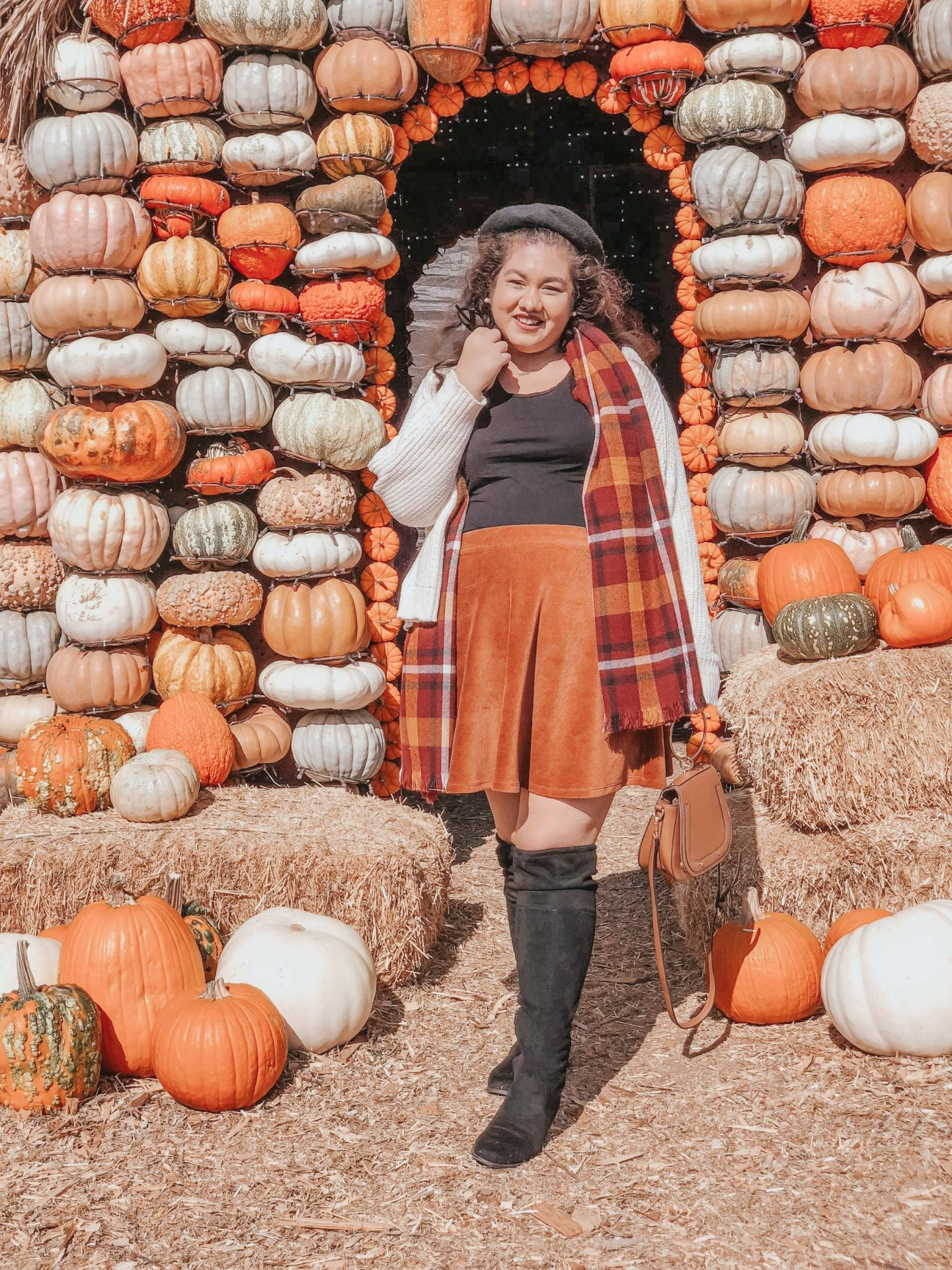 Perfect Fall Outfit to Wear to a Pumpkin Patch