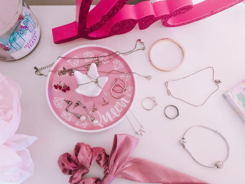 My Go To Everyday Dainty Jewelry Pieces