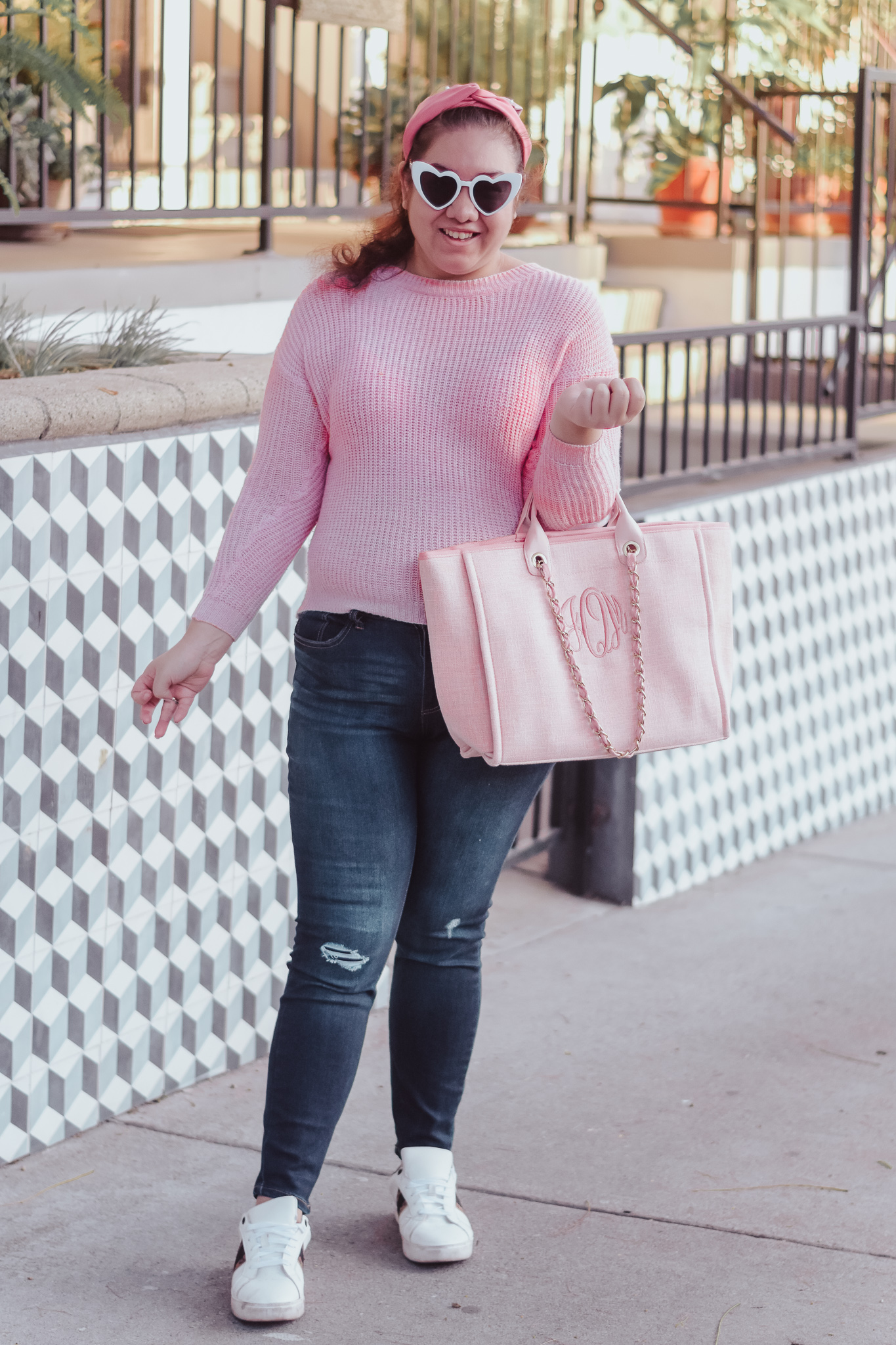 The Perfect Outfit To Wear Running Errands