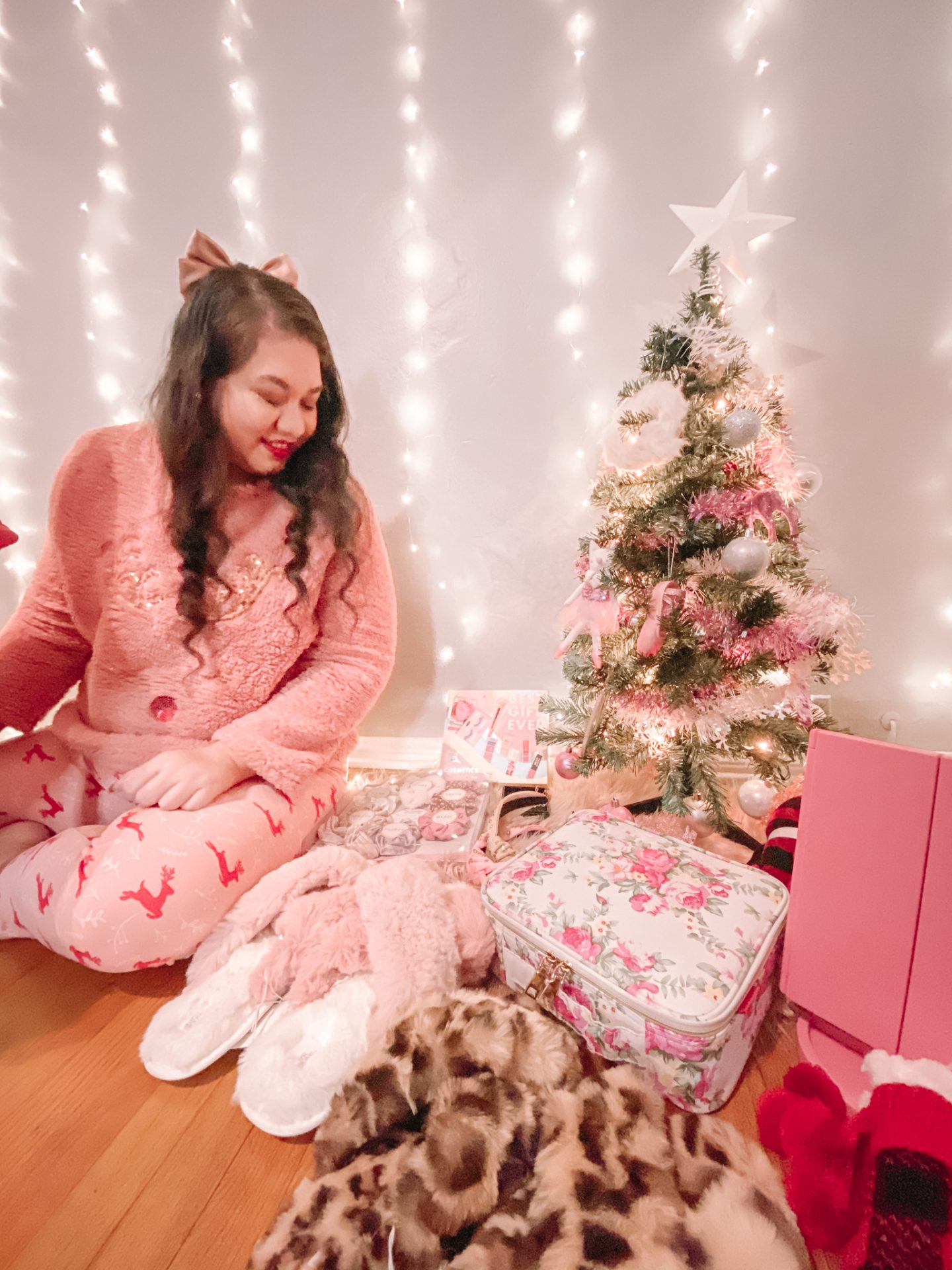 Last Minute Christmas Gift Guide For Her Under $25