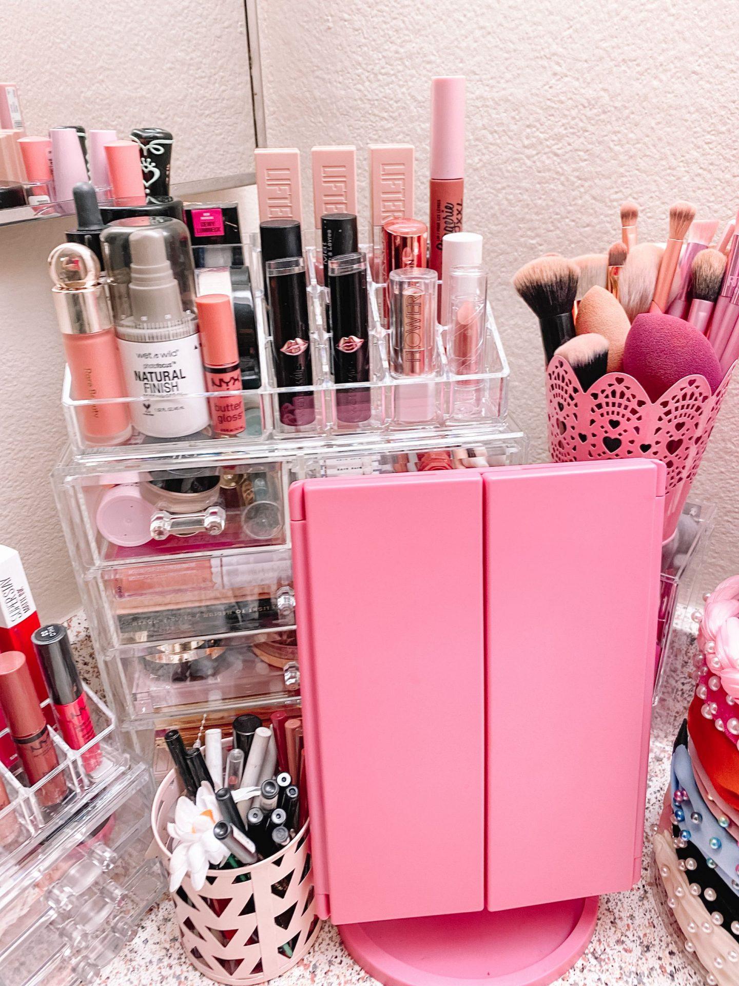 Vanity Tour + Organizing My Makeup
